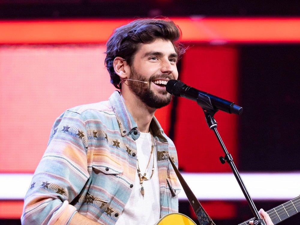 """""""The Masked Singer"""": Alvaro Soler ist der erste Promigast im Rateteam"""