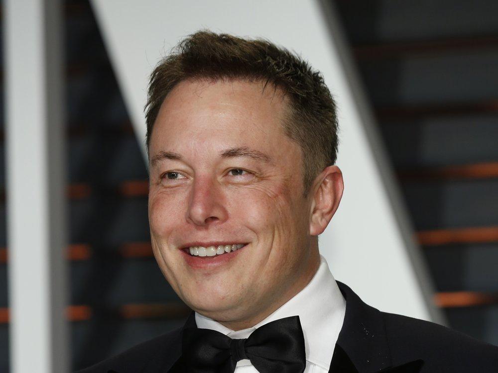 Elon Musk könnte der erste Billionär der Welt werden