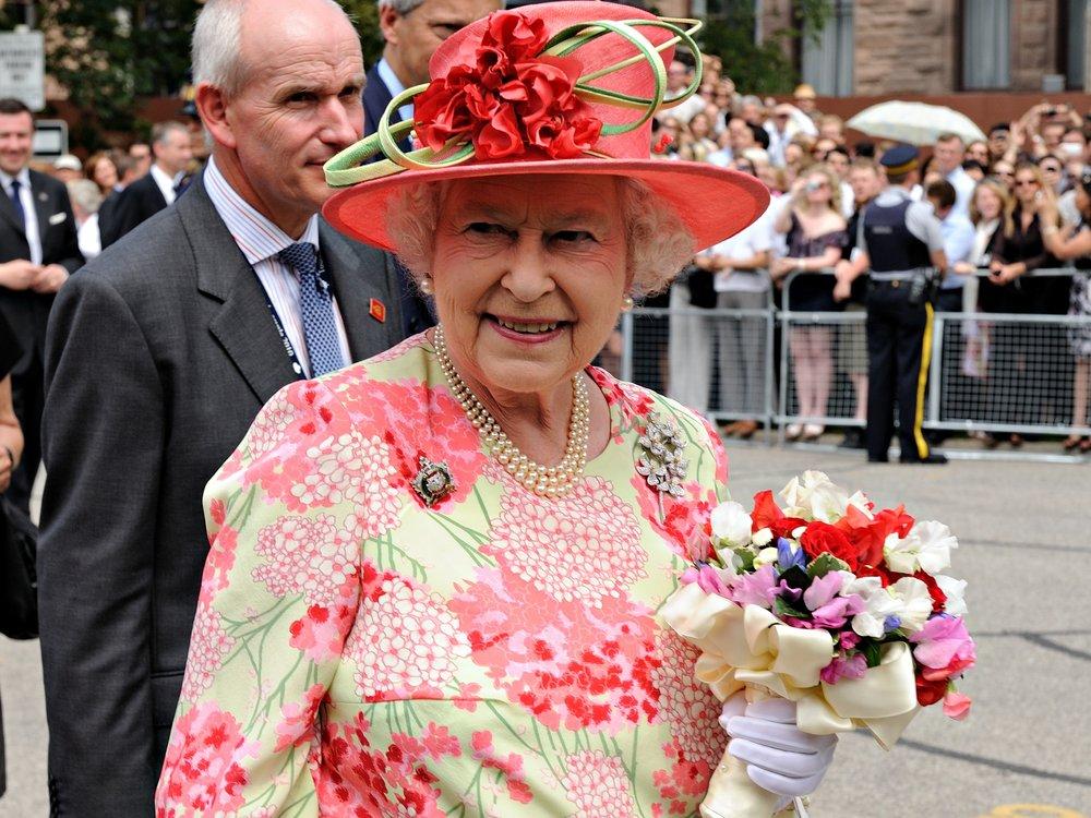 """Queen Elizabeth II. lehnt Preis als """"Oldie des Jahres"""" ab"""
