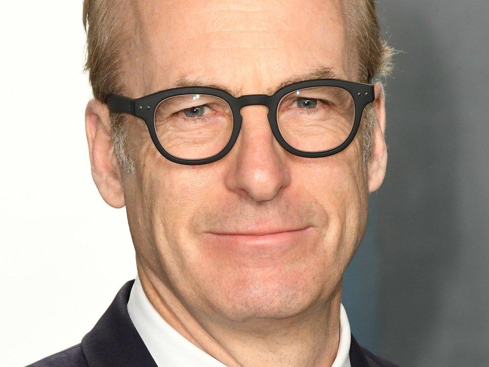 """Nach Herzinfarkt: Bob Odenkirk ist zurück am """"Better Call Saul""""-Set"""