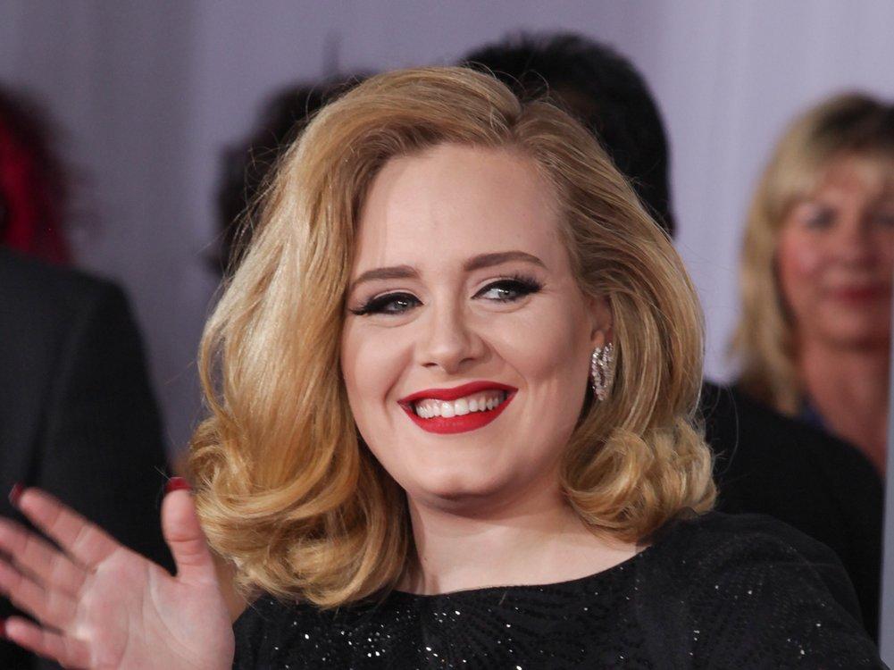 Adele macht Beziehung zu Rich Paul offiziell