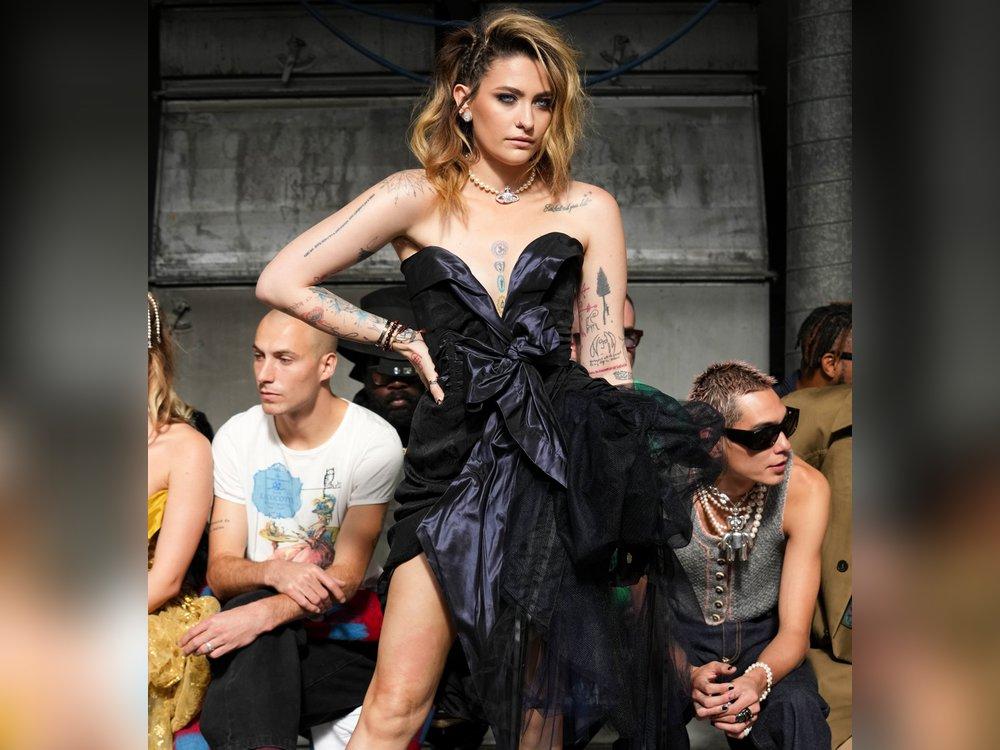 Paris Jackson: Erneuter Wow-Auftritt bei der Pariser Fashion Week