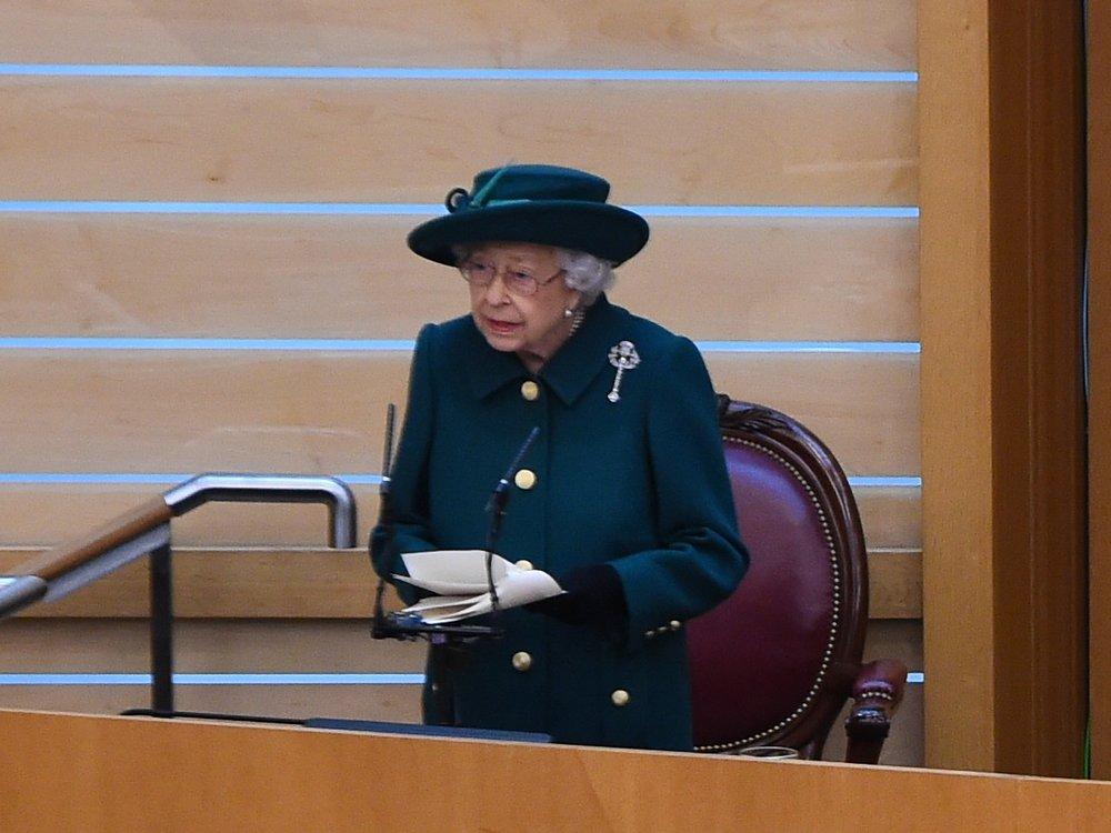 Queen Elizabeth II. spricht über Prinz Philip
